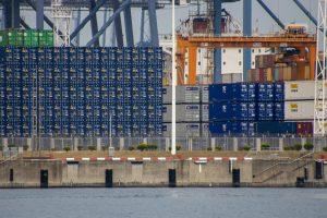Le port chinois de Ningbo rouvrira partiellement le 24 août